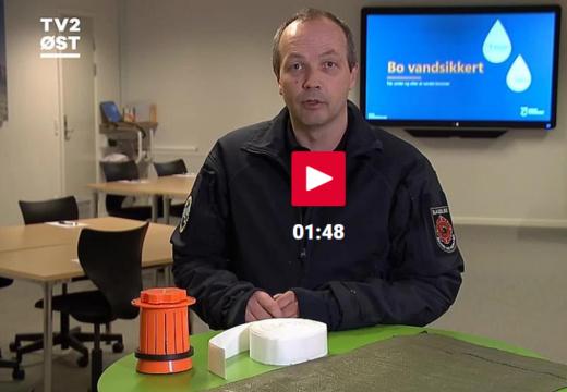 Beredskabschef Michael Djervad giver gode råd til at undgå store skader i hjemmet - i forbindelse med BorgerBeredskabets kursus Bo vandsikkert.